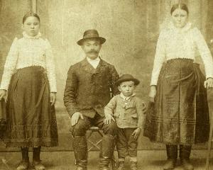 Dúbravská rodina