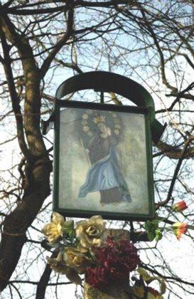 Detail pamätníka Panna Mária